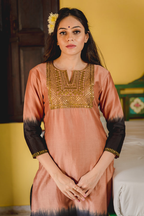 Gulfam Aari Embroidered Kurta