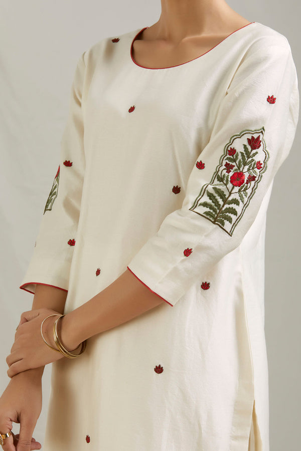 Ivory Embroidered Chanderi Kurta