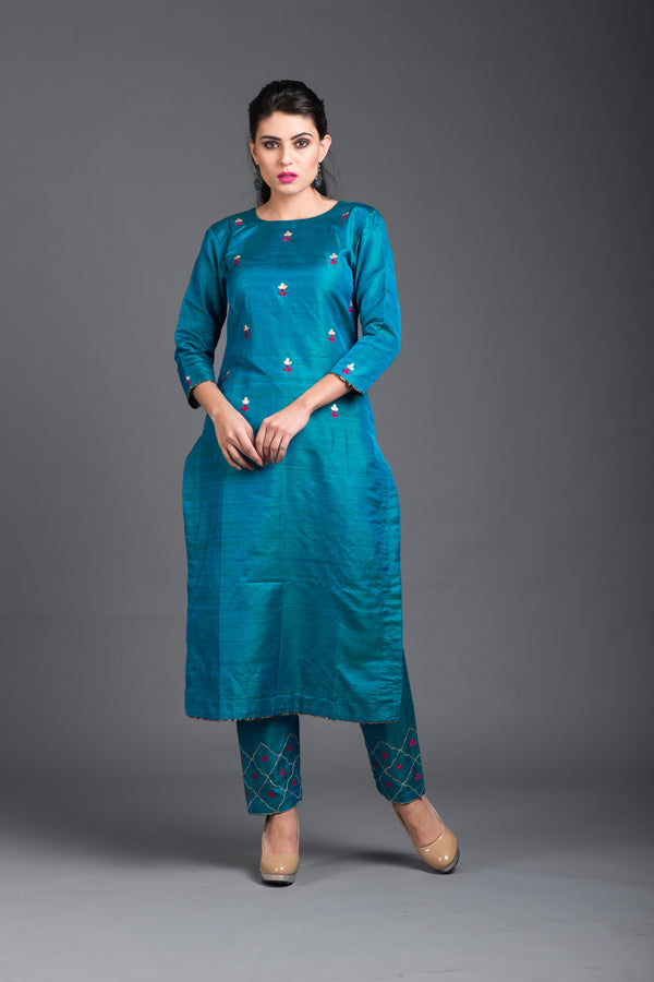 Beryl Blue Floral Embroidered Kurta