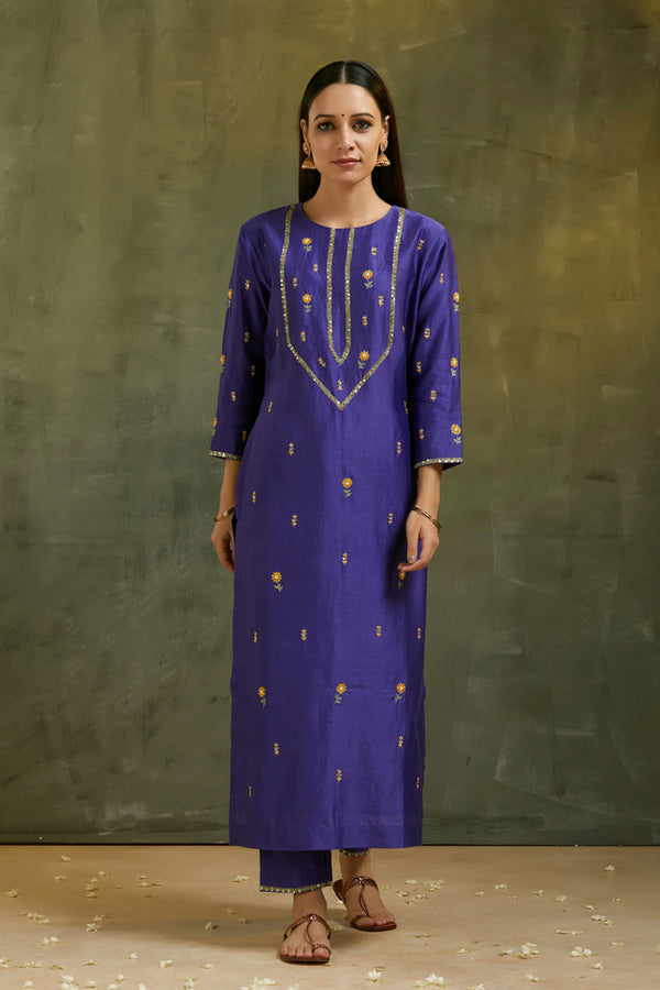 Maharani Hand Embroidered Kurta & Pant (Set of 2)