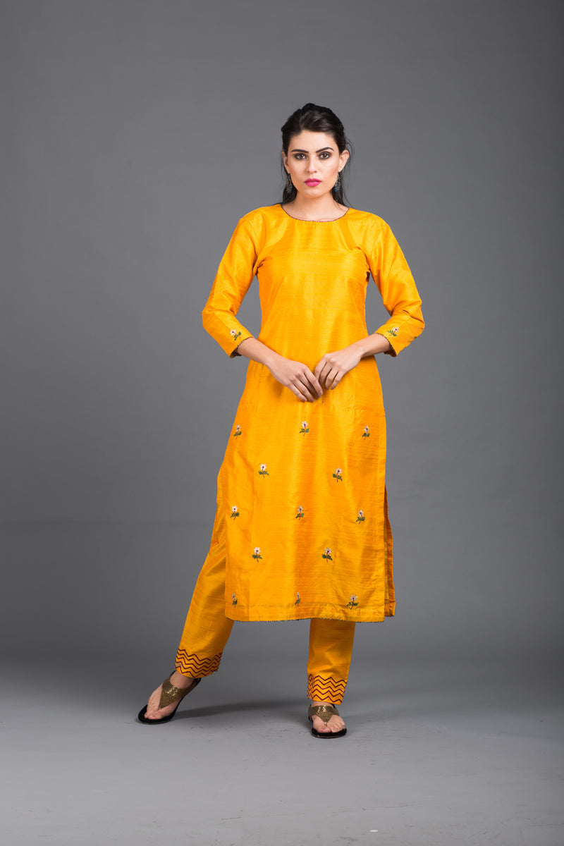 Amber Floral Embroidered Kurta