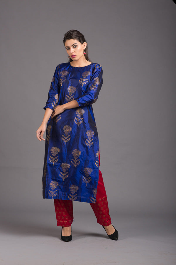 Azurite Lily Block Printed Silk Kurta & Pant (Set of 2)