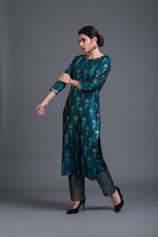 Zircon Lily Kurta & Pant (Set of 2)
