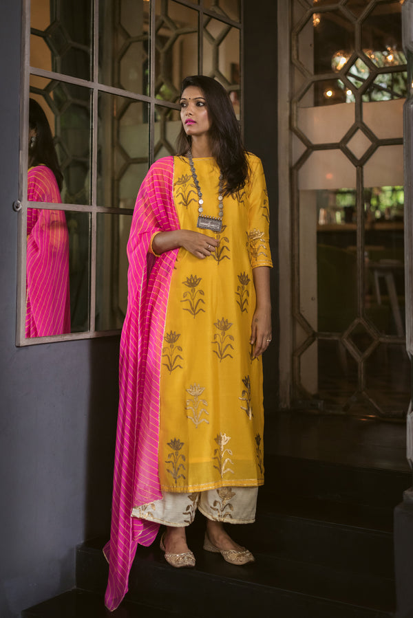 Mustard Daffodil Set with Dupatta (Set of 3)