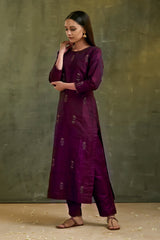 Jamuni Aari Embroidered Kurta