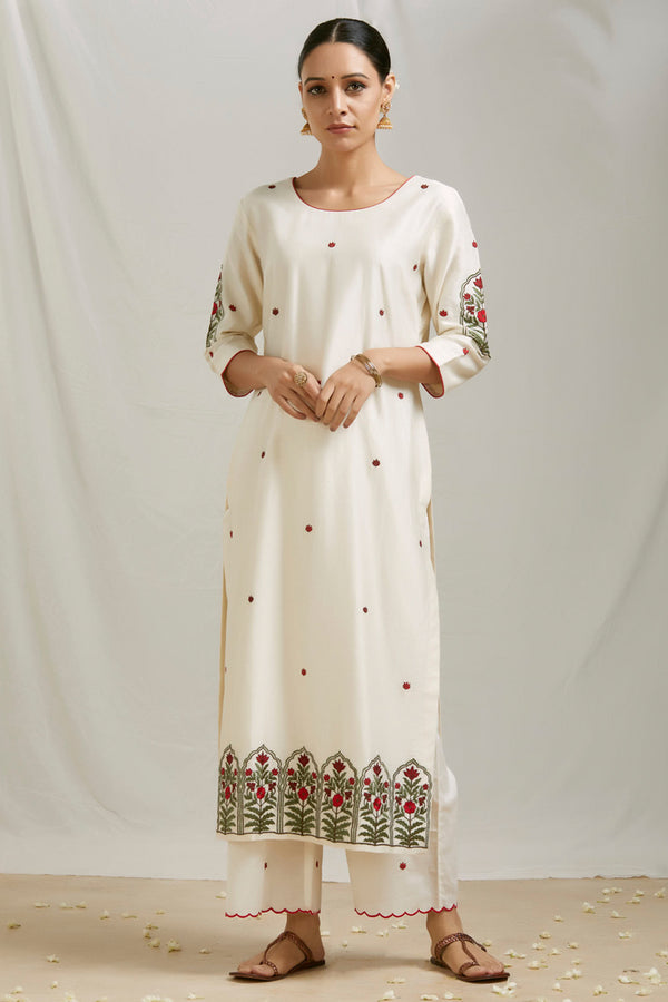 Ivory Embroidered Kurta Set with Dupatta (Set of 3)