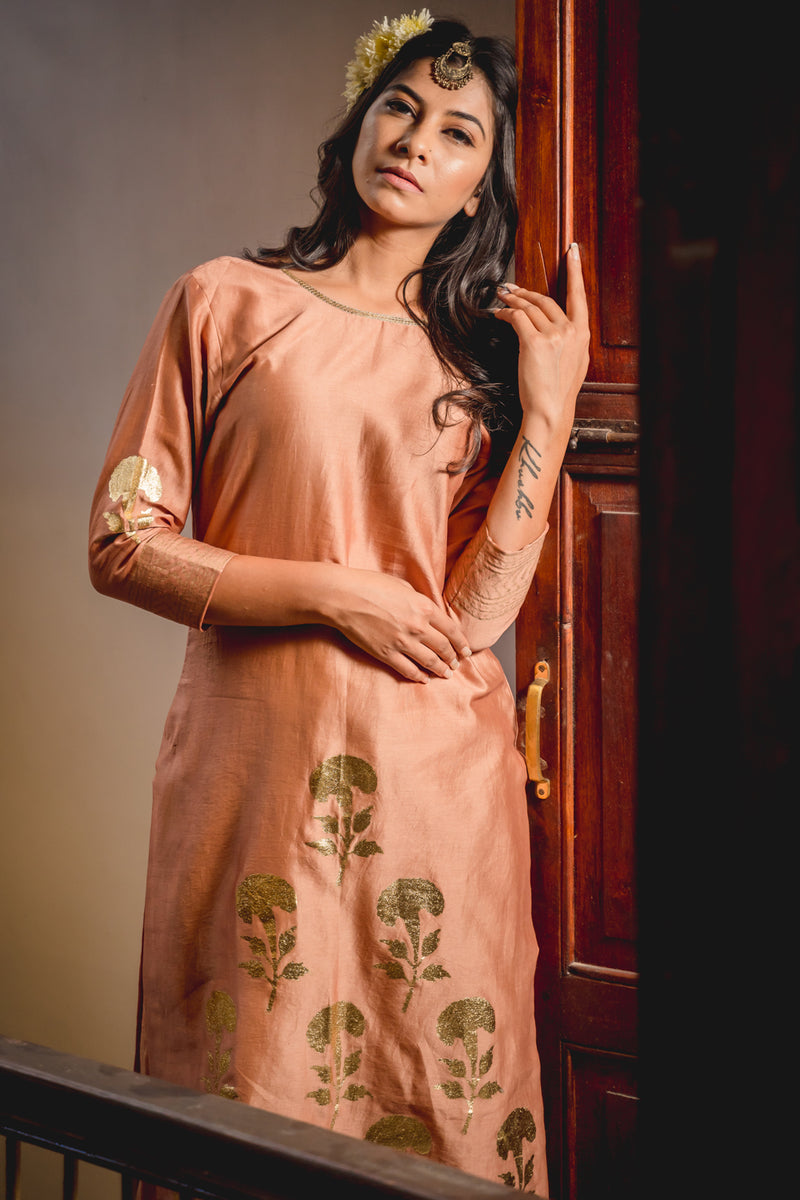 Peshwa Nude Pink Printed Kurta Set with Dupatta (Set of 3)