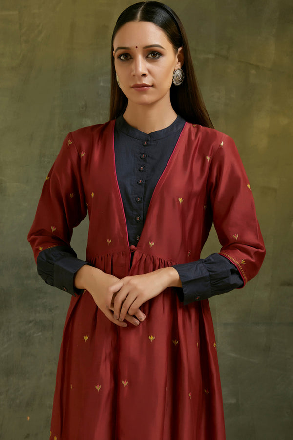 Meher Embroidered Chanderi Jacket Set