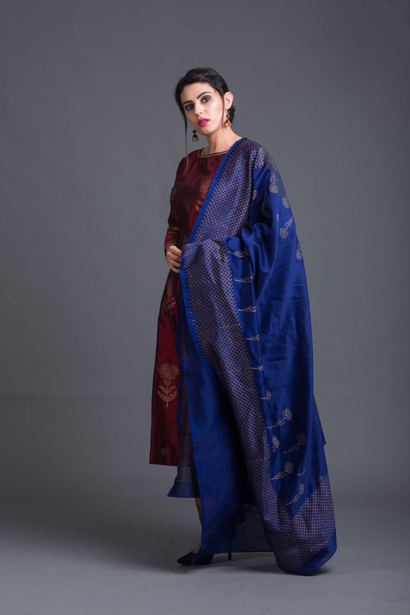 Chardonay Lily Set with Ink Blue Dupatta (Set of 3)