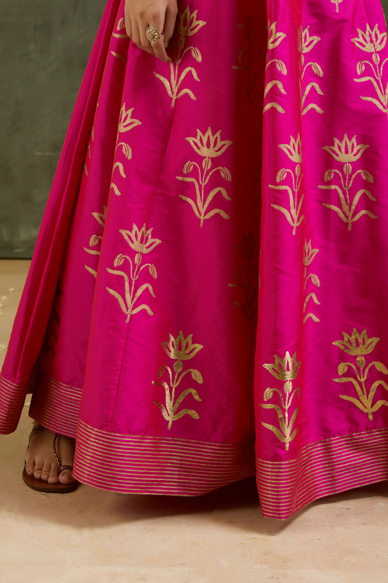 Mugdha Foil Printed Lehenga with Dupatta (Set of 3)