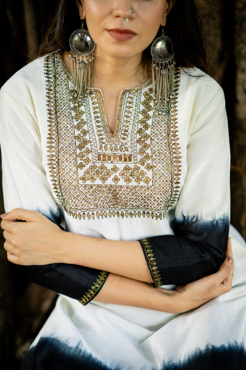 Amaira Aari Embroidered Kurta