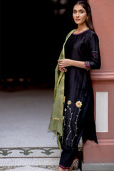 Black Gold Embroidered Kurta Set with Dupatta (Set of 3)