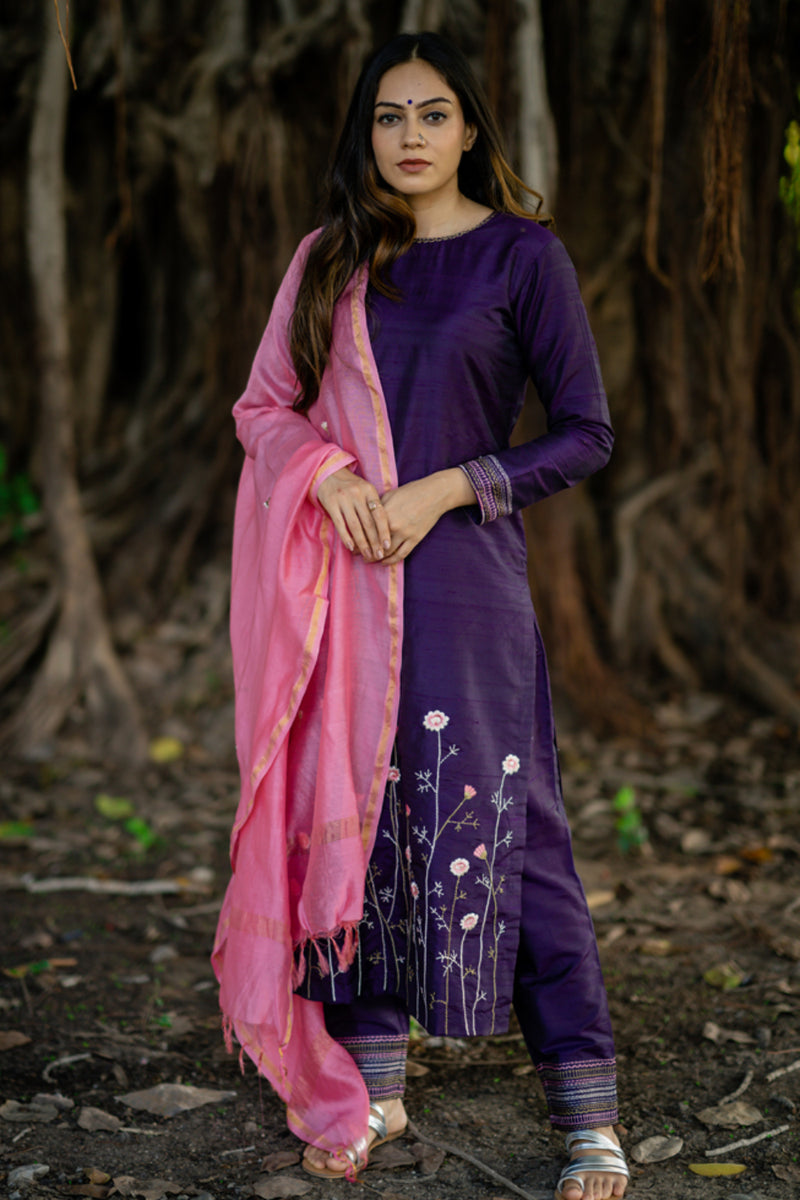 Purple Raw Silk Embroidered Kurta Set with Dupatta (Set of 3)