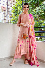 Blush Pink Floral Embroidered Kurta Set with Dupatta (Set of 3)