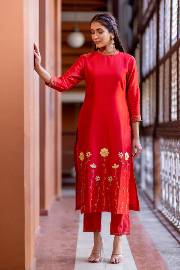 Red Gold Embroidered Kurta Set with Pants (Set of 2)