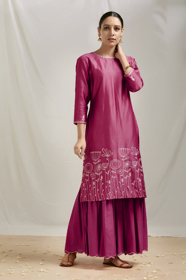 Burgundy Embroidered Chanderi Kurta