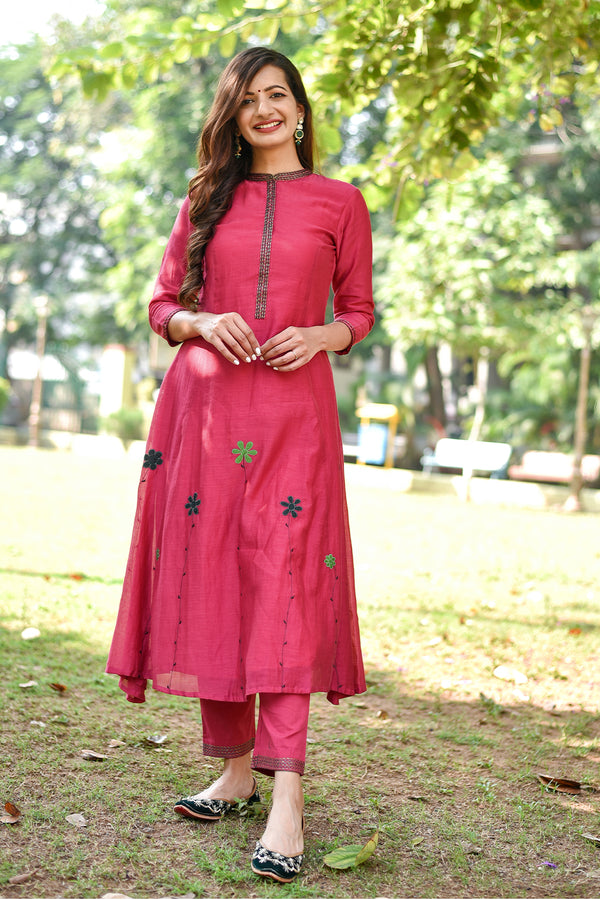 Coral Pink Floral Embroidered Kurta & Pant (Set of 2)