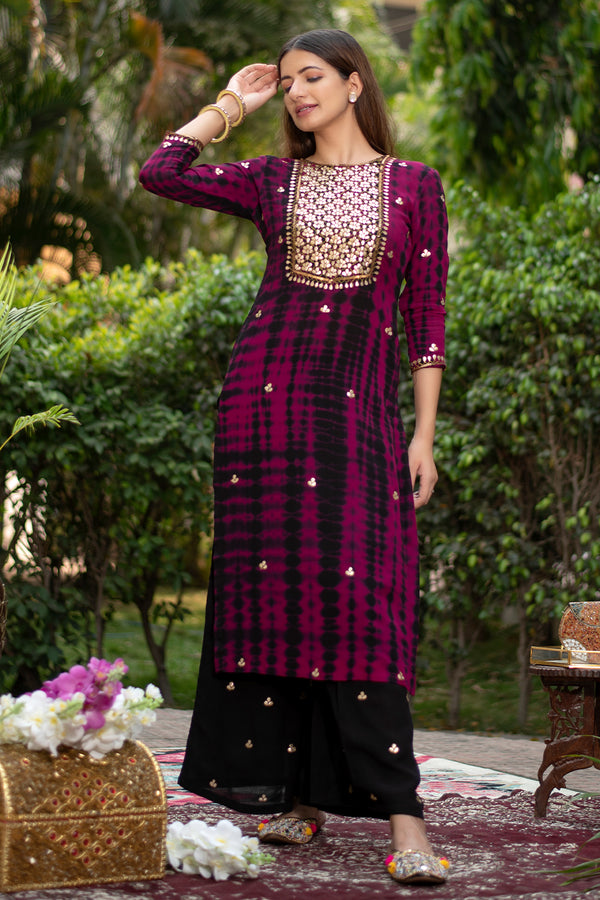 Adra Gota Embroidered Georgette Kurta