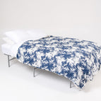 Lions Den Off-Campus Queen Bed