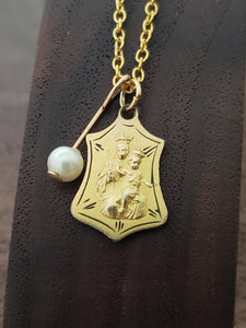 Gold Scapular with Pearl