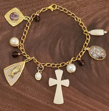 Load image into Gallery viewer, Jesus Devotional Charm Bracelet