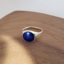 Load image into Gallery viewer, Lapis and Silver Ring