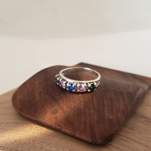 Load image into Gallery viewer, Silver Banded Spinal Ring