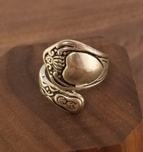 Load image into Gallery viewer, ReSpun Art Nouveau Sterling Silver Ring