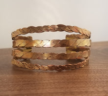 Load image into Gallery viewer, Woven Copper Cuff