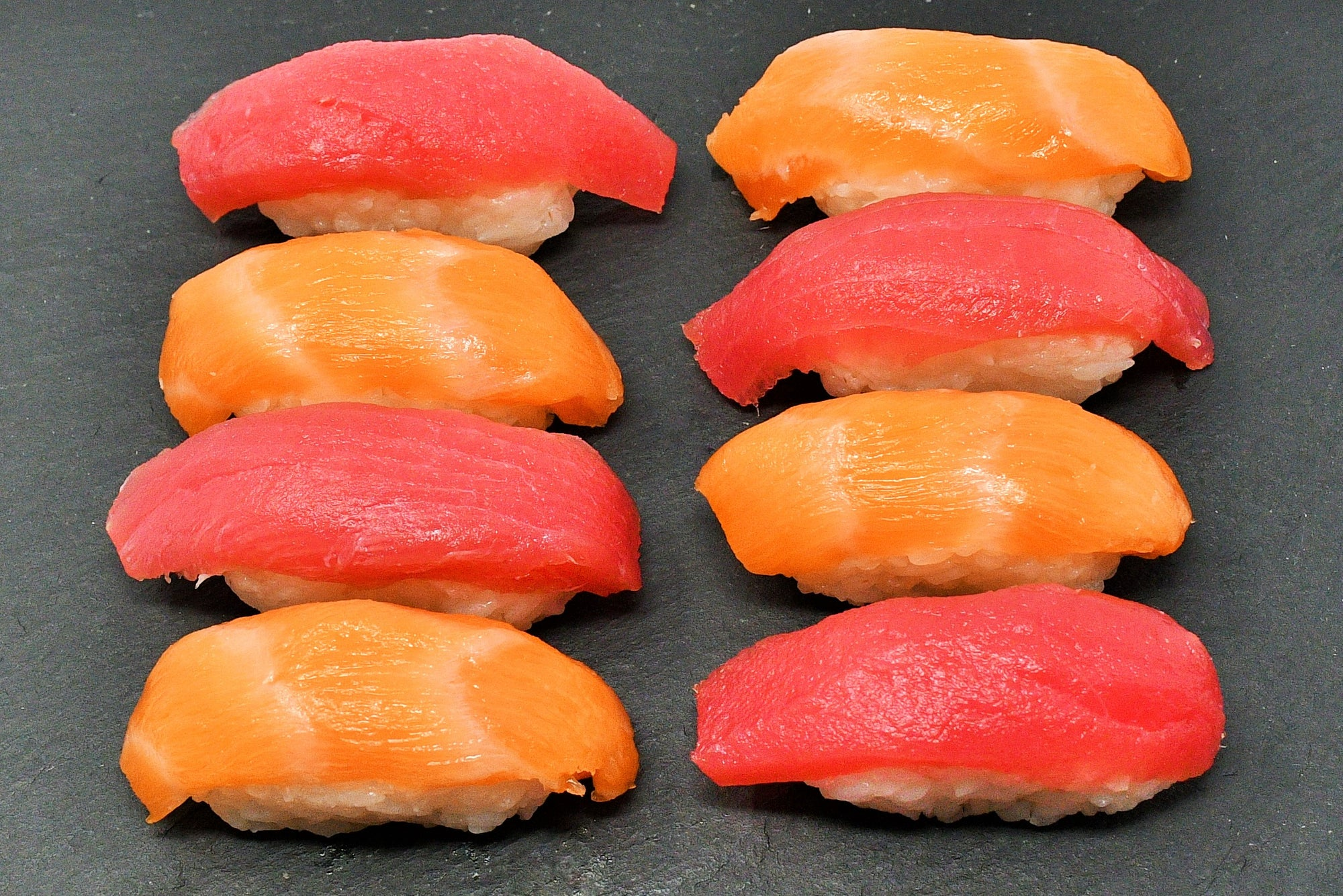 Tuna & Salmon Sushi Set
