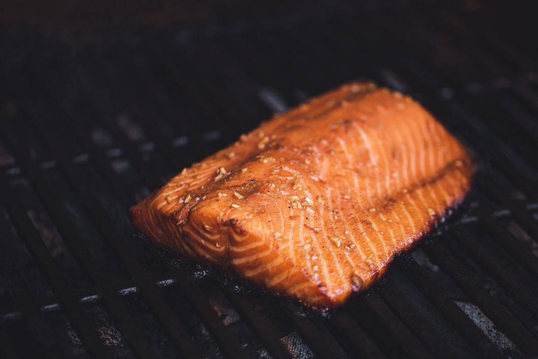Pack of 2 fresh salmon fillets