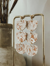 Load image into Gallery viewer, the  BONNI  earring