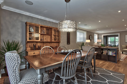 transitional-lighting-in-a-traditional-dining-room-area