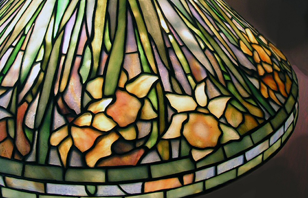 louis comfort tiffany lamp