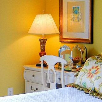 Lamp Shades The Ultimate Buyers Guide LampsUSA - Lamp shades for bedrooms