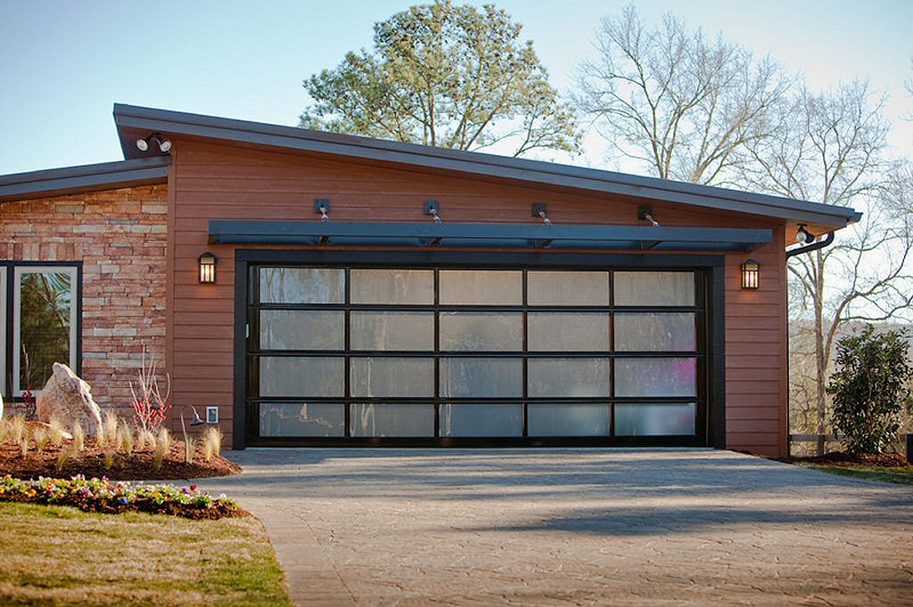 Exterior Garage Door Lights Work Great To Greet You When You Return Home In  The Dark And Also Light The Larger Driveway Area For Safety.
