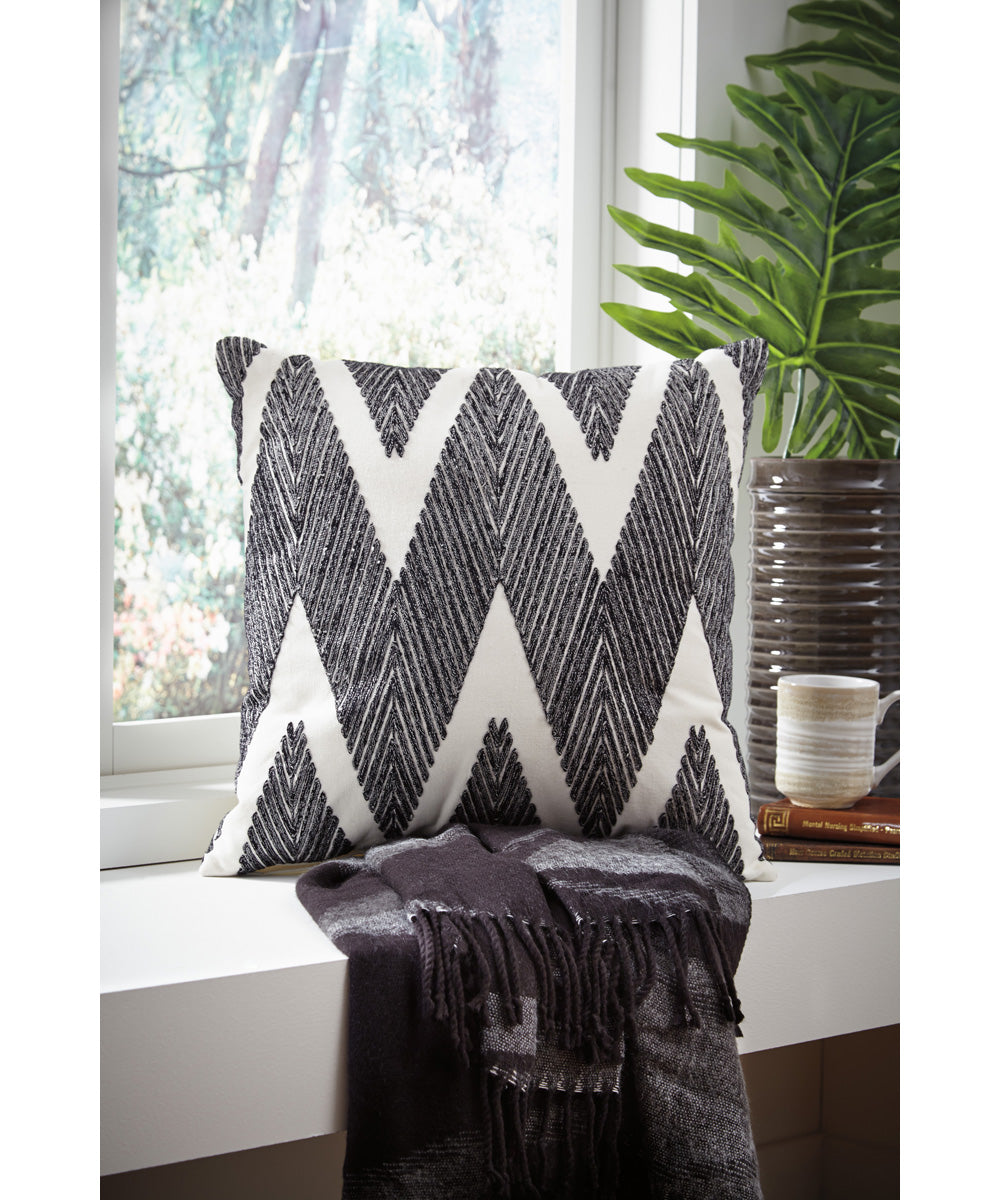 "20""W Carlina Pillow Set of 4 Black"