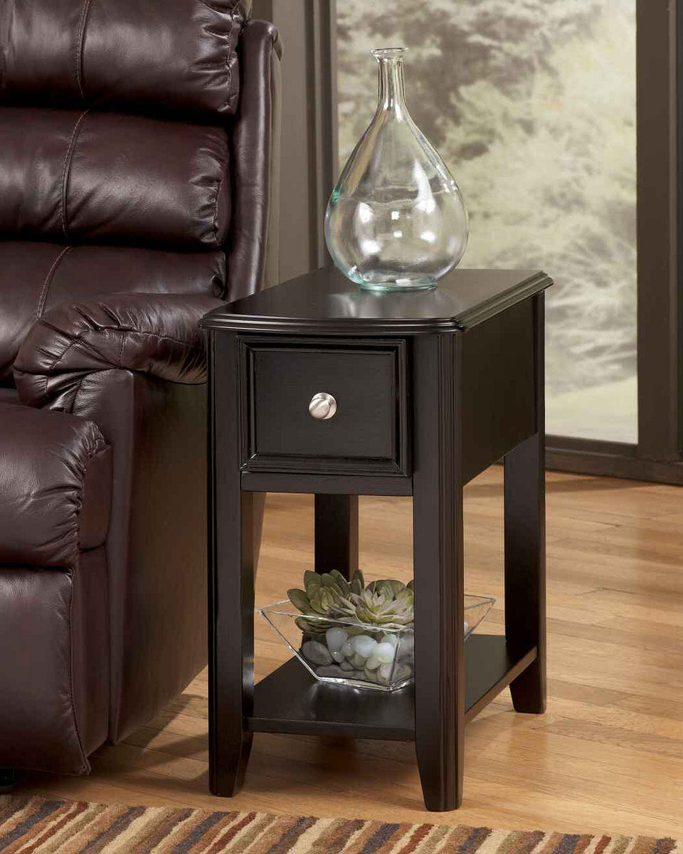 "23""H Carlye Chairside Table Dark"