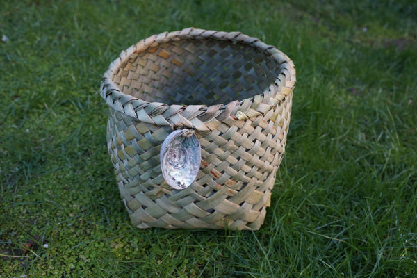 medium waikawa basket