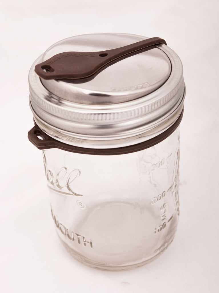 pop top sealable drinking jar lid