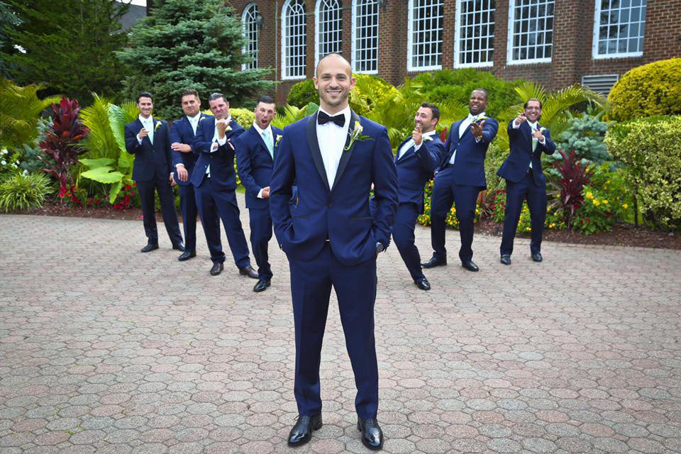 With so many online vendors to choose from, how do you decide who to go with for your wedding suits or tuxedos?