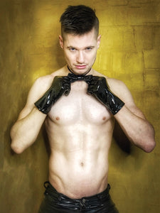 Men's Black Wrist Length PVC Gloves