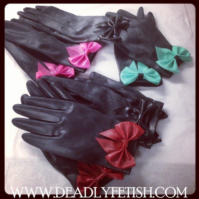 Deadly Fetish Instock Latex: Gloves With Bows