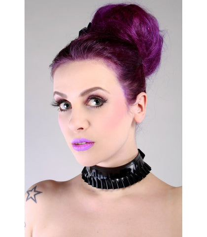 Latex Single Ruffle Collar