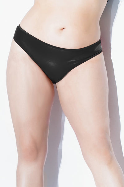 Matte Wetlook Thong in Plus Size