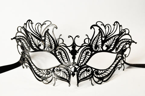 Petalo Filigree Metal Mask