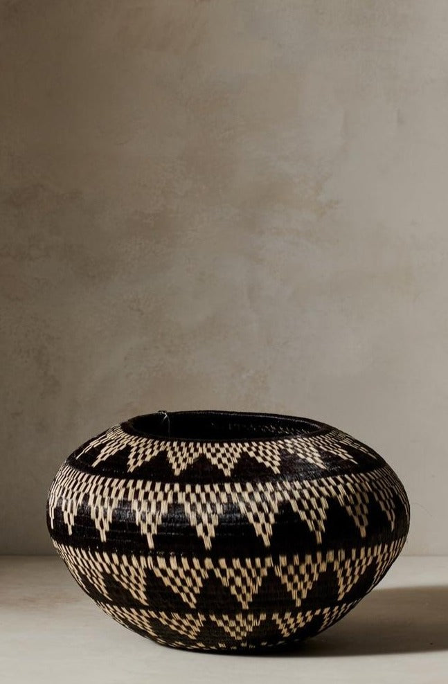 Crucelina Chocho Opura Basket Five Black and White