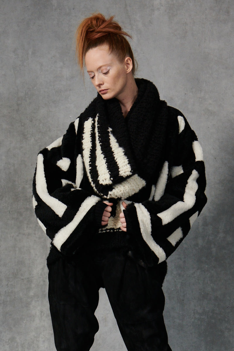 Short Patchwork Shearling Jacket Black/Ivory P/S S/M M/L
