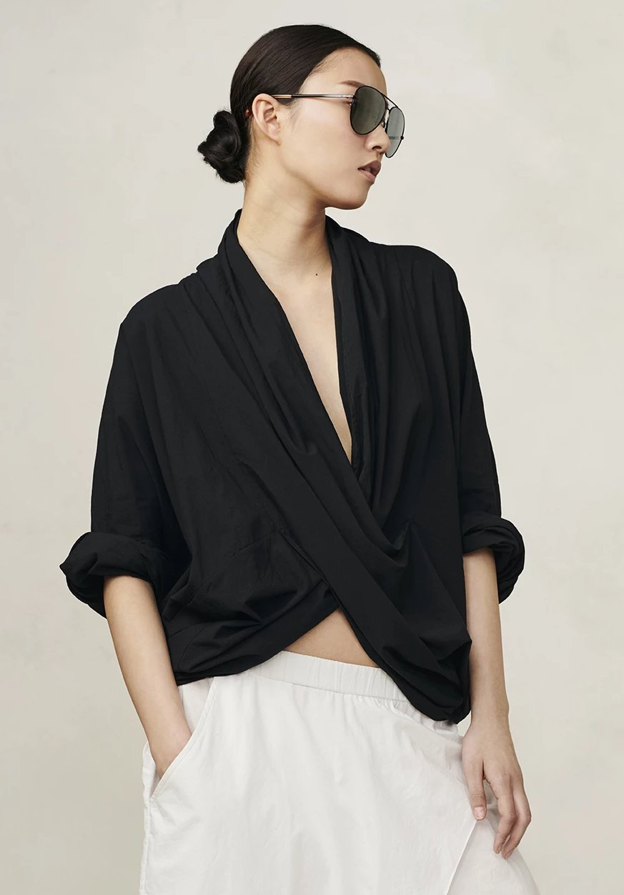 Cropped Cross Over Top Black P/S S/M M/L