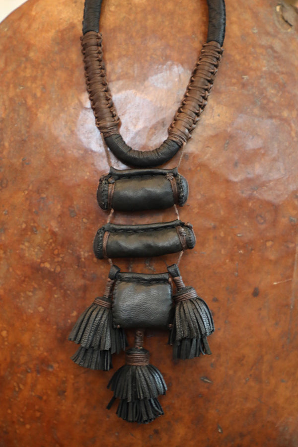 Small Amulets Necklace Black and Brown
